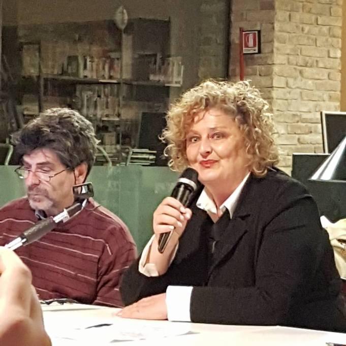 Stefano Vignaroli, Marinella Cimarelli
