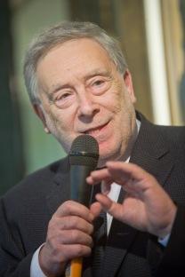 Il prof. Armando Ginesi al quale è stato conferito il Premio alla Carriera