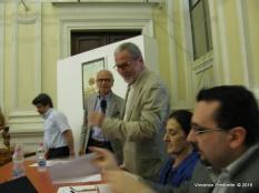 Jesi, Palazzo dei Convegni, sabato 4 giugno 2016 - Presentazione della Ass. Culturale Euterpe - Franco Duranti consegna la targa di Socio Onorario al giornalista Giovanni Filosa