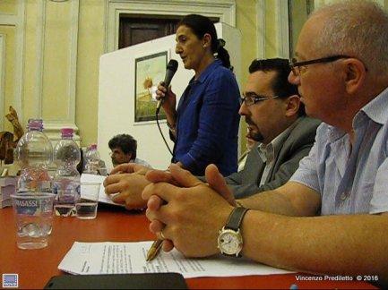 Jesi, Palazzo dei Convegni, sabato 4 giugno 2016 - Presentazione della Ass. Culturale Euterpe - Da sx: Susanna Polimanti, Lorenzo Spurio, Elvio Angeletti
