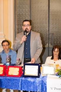 Il Presidente del Premio Lorenzo Spurio durante il suo intervento d'apertura