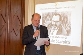Premio alla Memoria 2016 conferito a Pasquale Scarpitti. Nella foto il figlio Gaetano mentre legge il suo discorso di ricordo del padre
