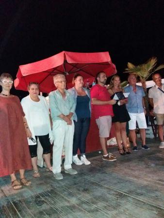 La Giuria Popolare assieme a Camilla Dania, vincitrice assoluta della Playa Rosa Poetry Slam